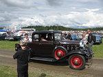 Kruununa vuoden 1932 Chevrolet, joita on 3 kpl Euroopassa