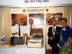 Eurooppa kongressi 1989 Antalya, Turkki. Eljas Wieliczko-Krutkiewicz ja Lauri Niemistö esittelemässä aurinkokeitintä.
