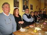 Esityksen aikana nautittiin Stalinin juhla-ateria. Markkua jo hieman naurattaa ;-)