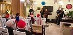 Seurakunnan edustaja rovasti Ritva-Elina Pylväs kertoi joulurauhan merkityksestä.