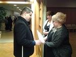 Yhteistyökumppani Pohjois-Kymen näkövammaisten edustaja onnitteli myös juhlivaa klubia.
