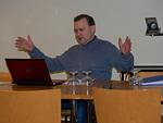 Sakari Hannula piti mielenkiintoisen esitelmän kolmannen valtakunnan jäljistä Berliinissä.