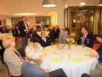 Tilaisuuden avasi Floorankentän presidentti Kari Kammonen. Pienoiskonserttiin osallistuivat myös piirikuvernööri Veikko Teerioja (oik.) puolisonsa Tuulan kanssa sekä viime kauden kuvernööri Sini Eloholma (vas.).