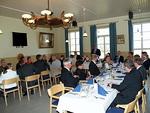 Presidentti Simo Pääkkönen toivotti kunniavieraat sekä jäsenet leideineen tervetulleeksi kauden juhlavaan päätöskokoukseen.