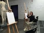 Lisa Kiasman interaktiivisessa taidenäyttelyssä, jossa itse luotiin samalla taidetta. PK