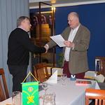 Presidentti Pertti Huovinen esitti kiitokset illan esiintyjälle.