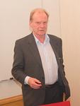Urheilumuseosäätiön johtaja Pekka Honkanen kertoi Olympiastadionin historiasta ja meneillään olevasta, vuonna 2017 valmistuvasta remontista.