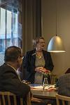 Presidentti Liisa kertoo taulusta ja sen kierrättämisestä