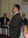 Marjaniemen klubin presidentti Kalle Schneider esitti onnittelut klubillemme