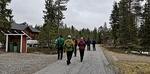 Reippaasti kävellen lähdimme matkaan kohti Pyhä-Luoston Kansallispuistoa