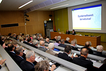 Näkövammaisten keskusliiton Iiiris-keskuksen auditorio täyttyi...