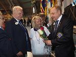 N-piirin kuvernööripari Aarne ja Tuula Kivioja toivotti onnea ja menestystä N-piirin ensi kauden kuvernöörille Timo Auraselle.