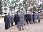 Kunniakäynnillä esiintyi perinteen mukaisesti Kaaderilaulajat johtajanaan evl, dir. cant. Matti Orlamo.