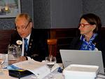 Kuvernööri Timo Auranen toimi piirihallituksen kokouksen puheenjohtajana ja piirisihteeri Varpu Ylhäinen sihteerinä.