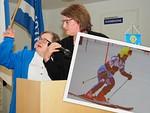 Piiri tuki talvella nuoren laskettelijan Sanna Sepposen matkaa Special Olympics -kilpailuun. Piirikokouksessa Sanna raportoi kilpailumatkasta yhdessä äitinsä Sari Sepposen kanssa.  Tukeen osallistui yhteensä 11 piirin klubia.