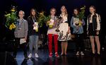 Skidiskaba 2017 – voittajat yhteiskuvassa. Vasemmalta: Felix Östman, Tolkis skolan (toinen palkinto ja bändin suosikki); Althea Köykkä, Keskuskoulu (kolmas palkinto); Mila Fagerlund, Keskuskoulu (Skidiskaban voittaja 2017 ja yleisön suosikki); Vera Puumalainen, Kerkkoon koulu (Musiikkiopiston laulutuntipalkinto), Eveliina Kitula, Kvarnbackens skolan (julistekilpailun voittaja) ja Olivia Halttunen, Kvarnbackens skola (Skidiskaban voittaja 2016).