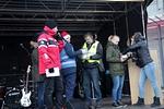 Suomen Lions-liiton edustajat joutuivat kilpailemaan trangian kasaamisessa partiolaisten kanssa.